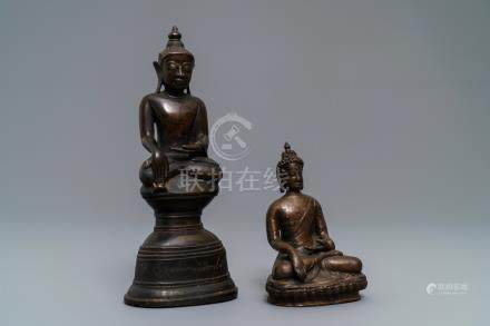 Two bronze figures of Buddha, Siam and Nepal, 17/18th C.