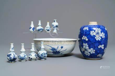 A varied collection of Chinese blue and white wares, Kangxi