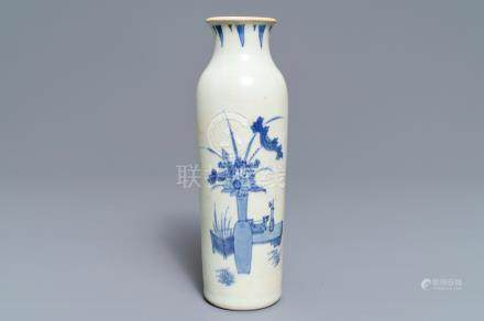 A Chinese blue and white sleeve vase with flowervases, Hatcher cargo, Transitional period