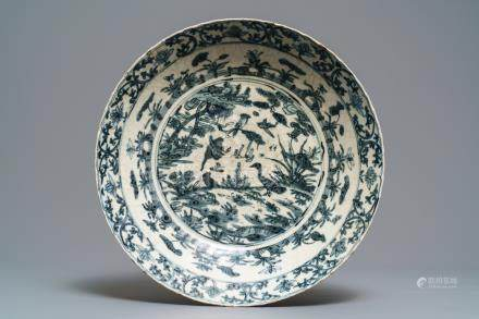 A large Chinese blue and white Swatow dish, Ming