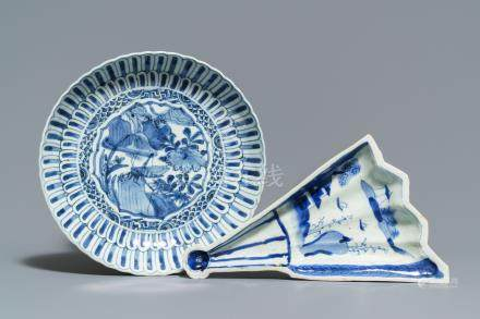 A Chinese blue and white fan-shaped ko-sometsuke dish and a kraak porcelain plate, Wanli/Tianqi