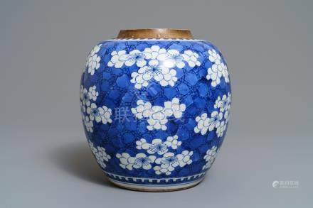 A Chinese blue and white 'prunus on cracked ice' jar, Kangxi