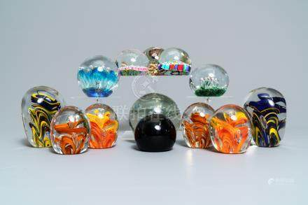 Thirteen glass paperweights, France, 18/20th C.