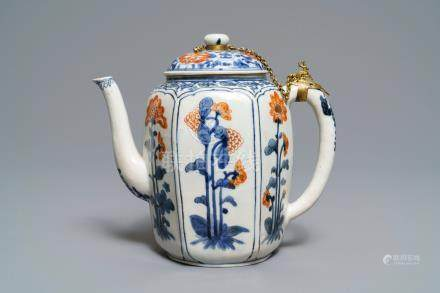 A large Japanese Kakiemon blue and white, iron red and gilt teapot, Edo, 17th C.