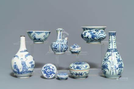 A varied collection of Chinese blue and white wares, Ming and later