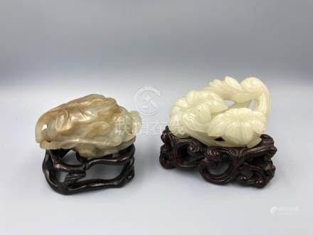 C19th Chinese Jade carvings of a flower & squirrel with grapes (2) Provenance of lots 1 to 26: Local