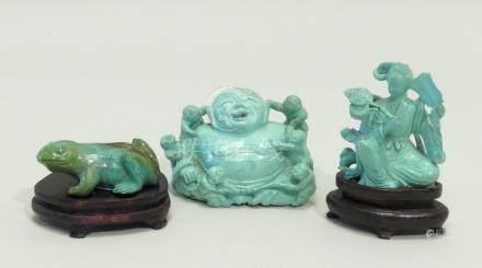 Lot de trois objets, dont deux en turquoise teintée, Boudaï et déesse du printe