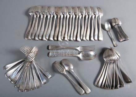 Ménagère en argent, modèle uni plat à pans gravé d'armoiries et couronne de mar