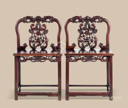 红木蝠纹椅 (一对)