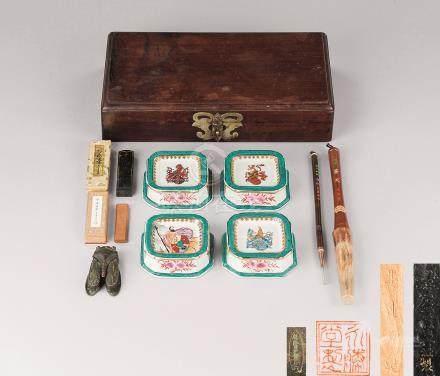 清代 红木长方盖盒 铜蝉形墨盒 古墨 毛笔等文房用具 (十件一组)