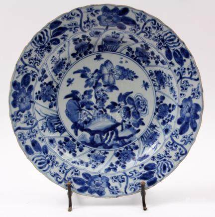 Antique blue / white Chinese porcelain dish with flower deco