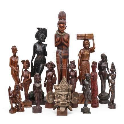 木雕人物像 14件