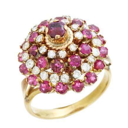 粉紅色藍寶石 鑽石 黃金戒指