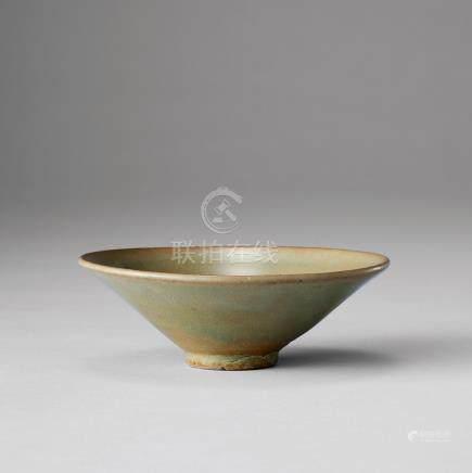 青瓷素紋碗