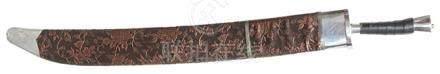 鋼刀連刺繡花卉劍鞘