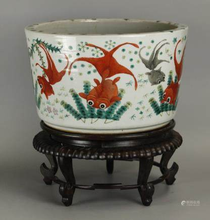 large Chinese porcelain planter, possibly 19th c.