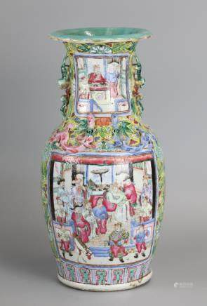 Chinese famille rose vase, possibly Qing dynasty