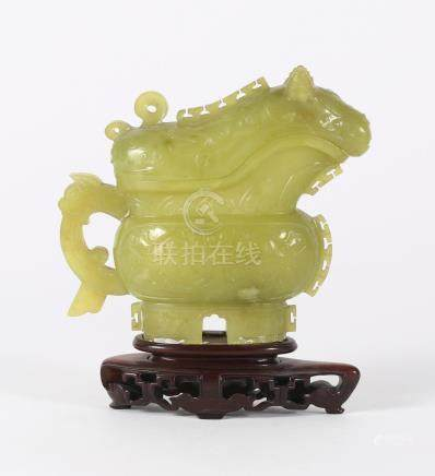 Chinese Green Jade Archaic Form Vessel and Cover, 20th Century/Modern  FR3SHLM
