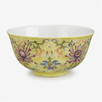 A Chinese famille rose yellow ground bowl, daoguang mark