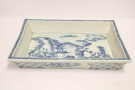 Chinese 19th/20th c. blue and white basin