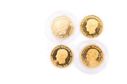 BELGIQUE, Baudouin, lot de 4 médailles en or commémorant le 25e anniversaire de