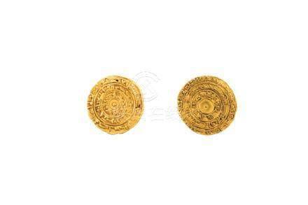 FATIMIDES, lot de 2 pièces :al Mu'izz Ma'add (953-975), dinar, AH 345, al-Mansu