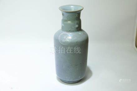 A Chinese Jun-Type Porcelain Vase