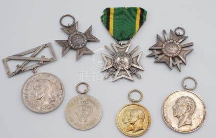 Sieben Orden / Medaillen Sachsen-Weimar