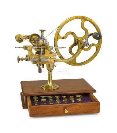 SWISS / FRANCE. A WALNUT, BRASS AND STAINLESS STEEL HAND-OPERATED GEAR WHEEL ROUNDING UP MACHINE