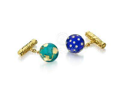 "A pair of 18k gold and enamel ""Night & Day"" cufflinks, Verdura"