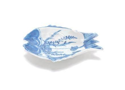 A blue and white ko-sometsuke 'fish' dish Tianqi