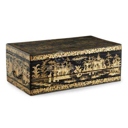 CANTON LACQUER LAP DESK QING DYNASTY, 19TH CENTURY 48.5cm wi