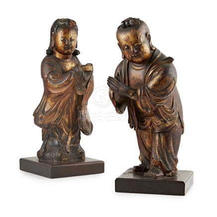 LACQUERED WOODEN FIGURES OF SHANCAI AND LONGNÜ QING DYNASTY,