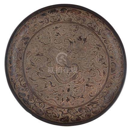 BLACK LACQUER 'NINE DRAGONS' DISH POSSIBLY YUAN DYNASTY 27.8