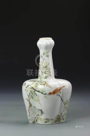 Chinese Famille Rose Garlic-Mouth Vase