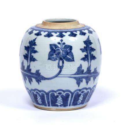 Blue & White ginger jar Chinese, Kangxi (1662 - 1722) decorated with a repeating pattern of floral