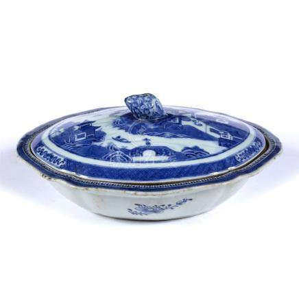 Nanking blue and white export tureen and cover Chinese, circa 1800 with landscape and scene and