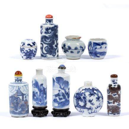 Six blue and white porcelain snuff bottles Chinese, 19th/20th Century of cylindrical and bottle form