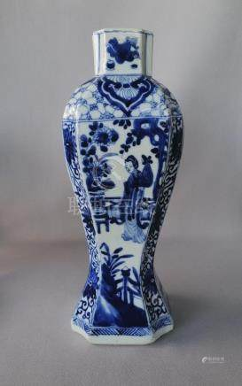CHINESE KANG XI BLUE AND WHITE HEXAGONAL VASE