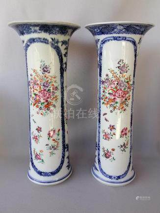 PAIR OF CHINESE QING QIAN LONG FAMILLE ROSE VASES