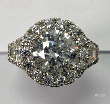 18KW Free Diamond Ring