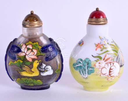 TWO CHINESE ENAMELLED SNUFF BOTTLES. 7 cm high. (2)