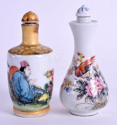 TWO CHINESE PORCELAIN SNUFF BOTTLES. 10 cm high. (2)
