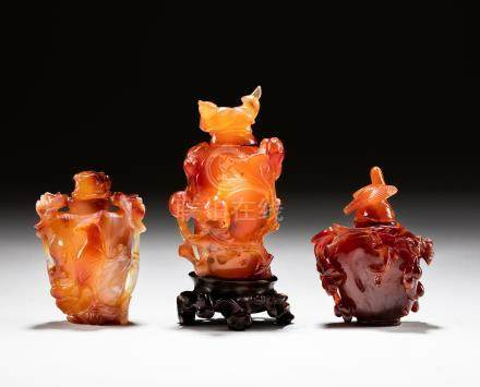 Group 1890-1920 Cameo Agate Snuff Bottles