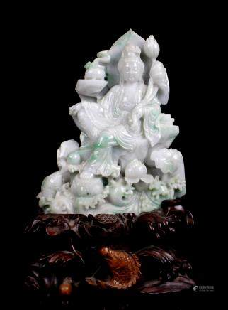 CHINESE JADEITE CARVED FIGURE OF GUANYIN