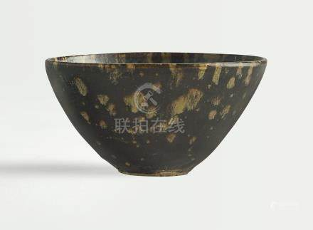 南宋   吉州窰玳瑁釉盌