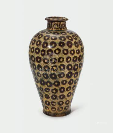 南宋   吉州窰梅花鹿紋梅瓶
