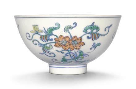 清道光   鬪彩花卉紋盌 《大清道光年製》款