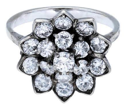 Diamant Ring, sehr schöner Ring, in Weissgold ...