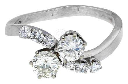 Diamant Ring, sehr ansprechendes Modell, in ...